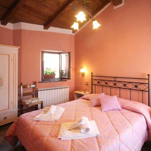 Bed and breakfast - Lago di Isola Santa- CircuitoLuccaTurismo.it