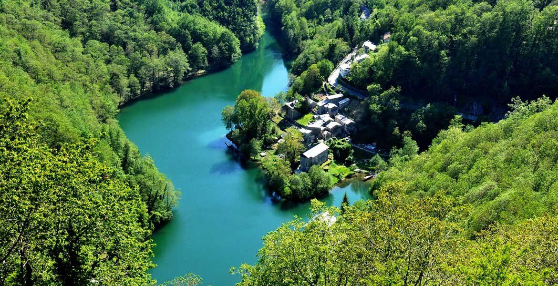 Lago di Isola Santa panorama - CircuitoLuccaTurismo.it